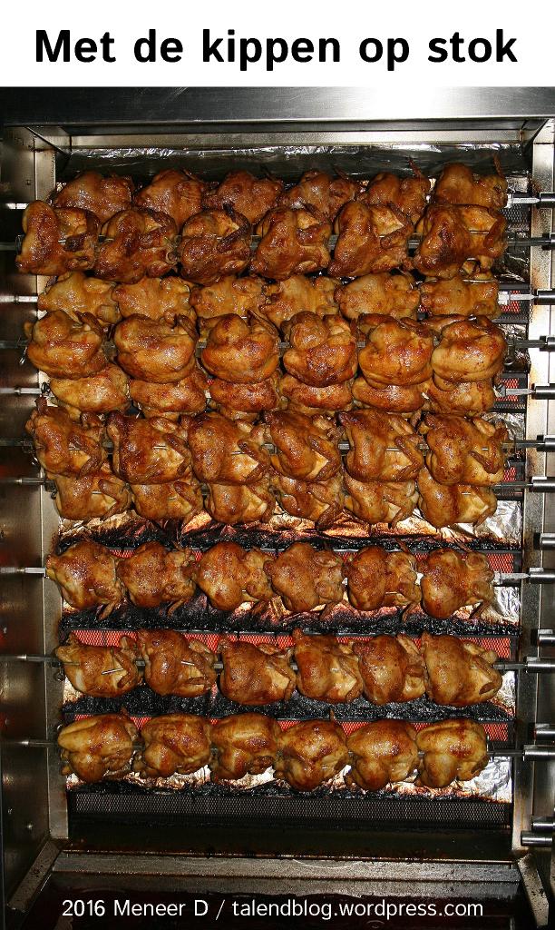 met de kippen op stok
